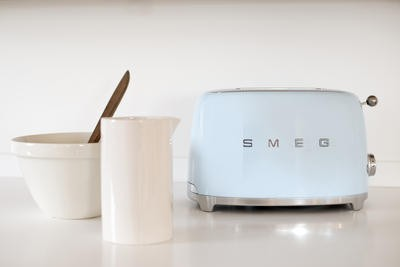 SMEG Toaster Pastellblau